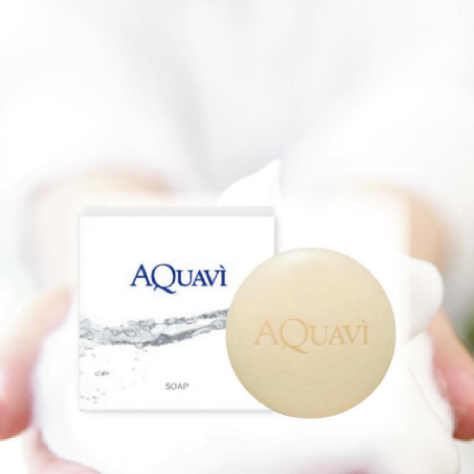 ミネラルと酵素配合のアクアヴィ石けんの写真